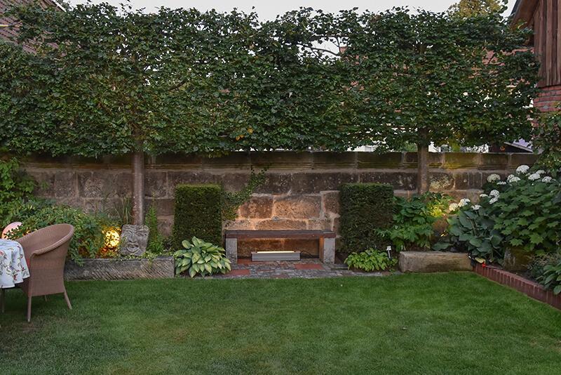Pflege zu jeder Jahreszeit – Zuwendung für Ihren Garten.