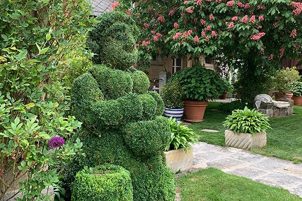 Kunst im Garten – kreative Akzente setzen.