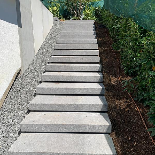 Treppen – mit natürlichen Werkstoffen gestalten.